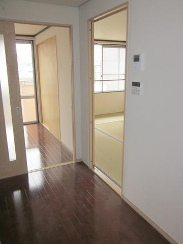 物件番号: 1118814568 ルネシュ西長戸C棟 松山市西長戸町 3DK アパート 写真2