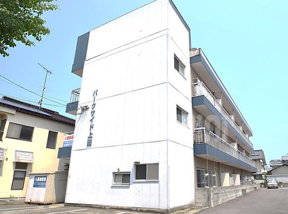 物件番号: 1118869534 パークサイド上田 松山市松江町 1LDK マンション 外観写真